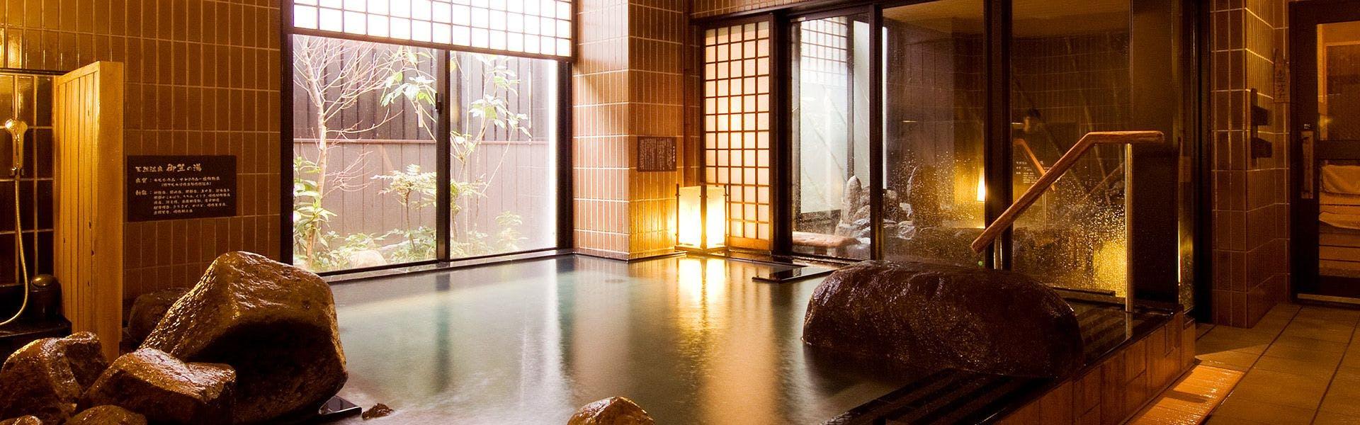 記念日におすすめのホテル・【天然温泉 御笠の湯 ドーミーイン博多祇園】の写真1