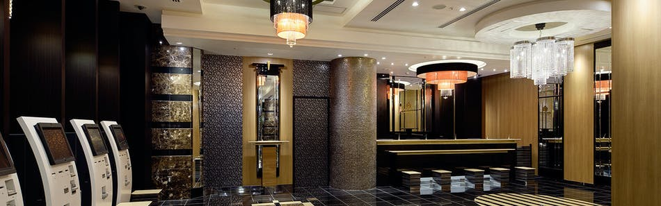 アパホテル〈新宿 歌舞伎町タワー〉