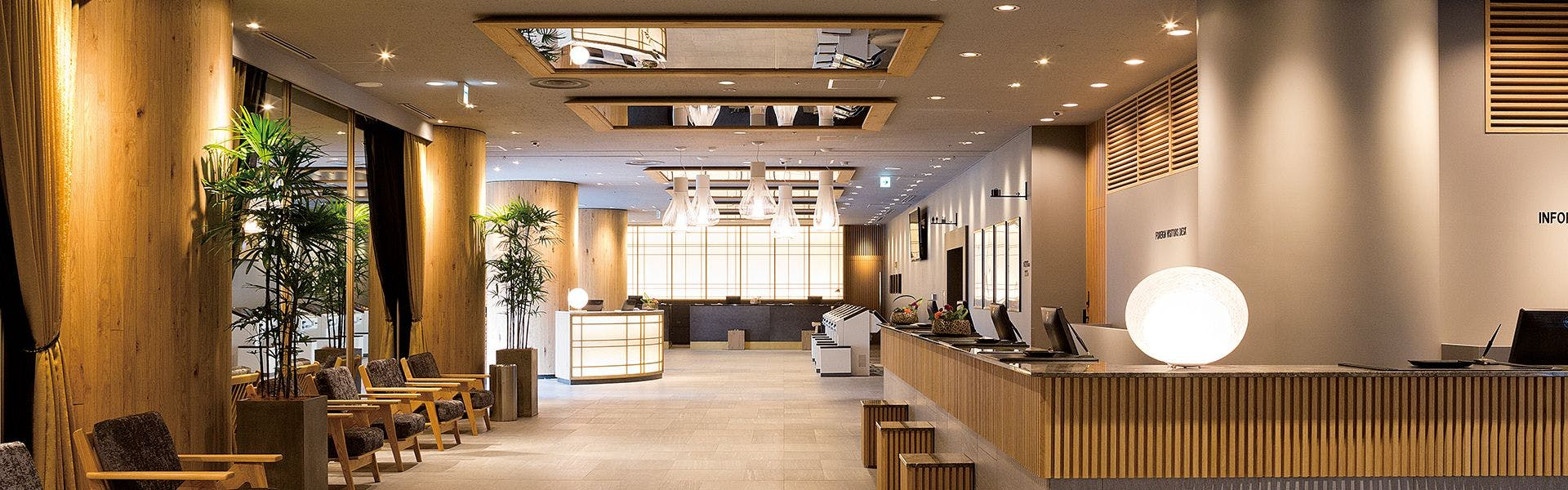 クロス 東 サクラ ホテル 新宿