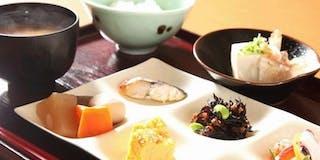 日本海庄や 朝食バイキング一例