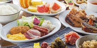 和・洋の食材を揃えた朝食バイキングイメージ