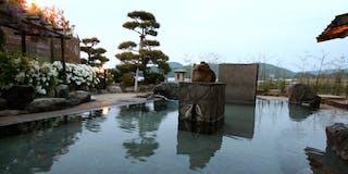 楽園の湯(らくえんのゆ) 殿方露天風呂