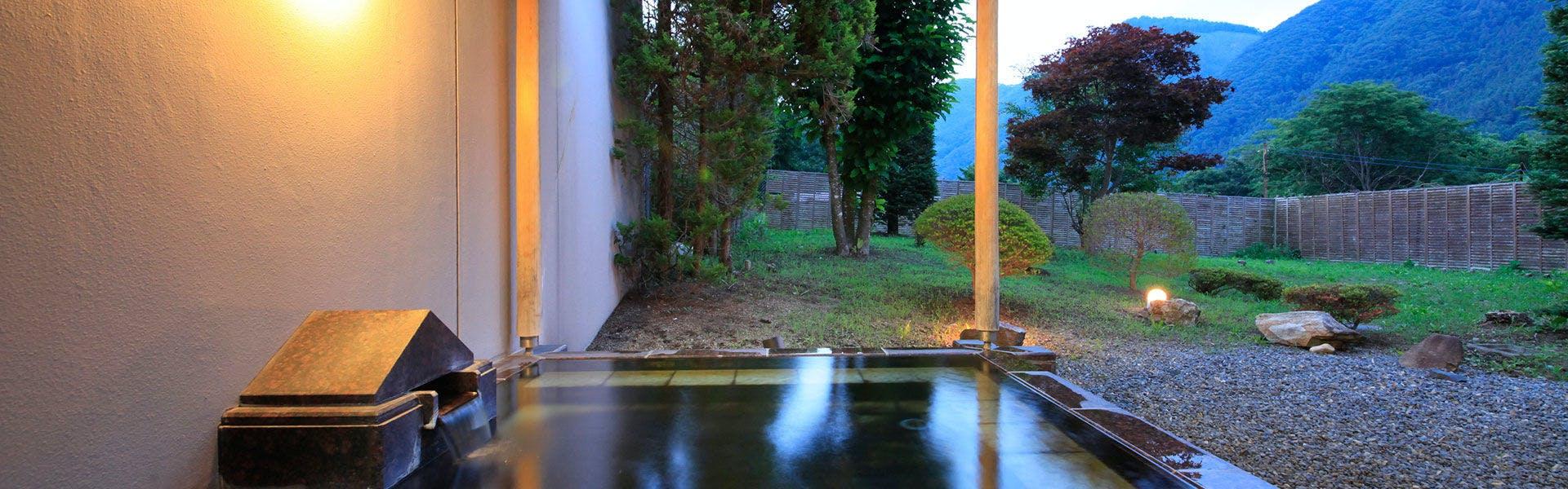 記念日におすすめのホテル・【源泉湯の宿 紫翠亭】の写真2