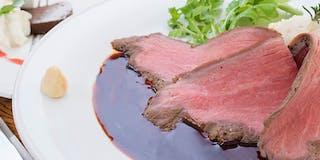【夕食例】旬の食材と、自家菜園で採れた野菜を使ったお食事です。