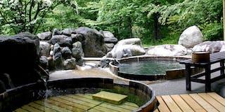 樽風呂「こもれびの湯」