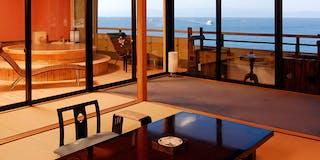 最上階・特別室「桜桃花」 客室一例