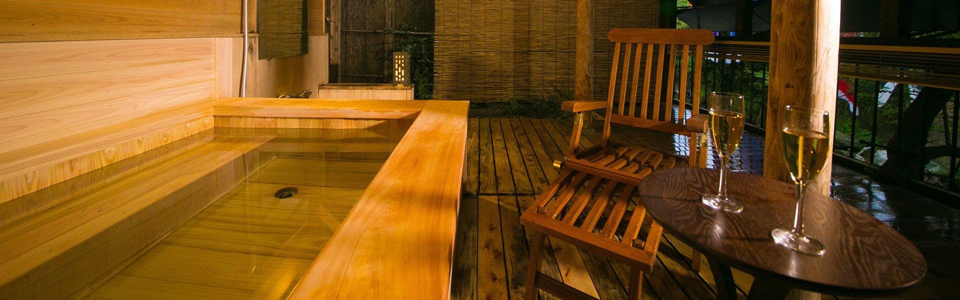 記念日におすすめのホテル・【湯めぐりの宿 楠水閣】の写真1