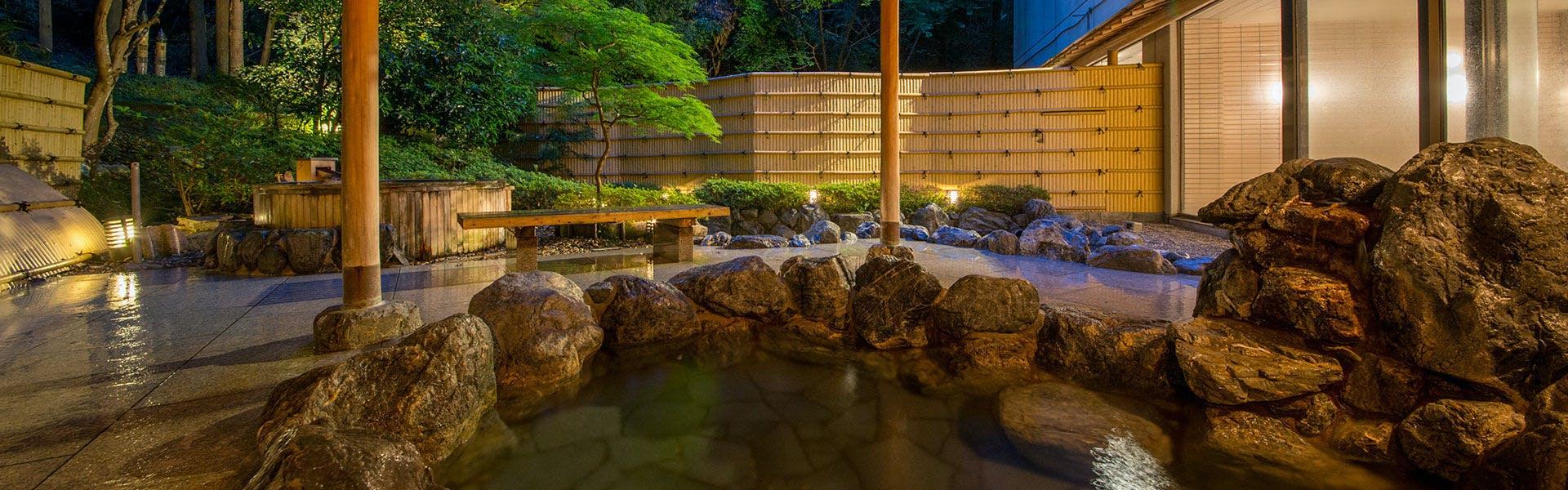 岩風呂(大浴場)
