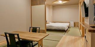 半露天ひのき風呂ウッドテラス付きベッドスタイル和モダン特別室