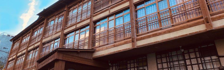 伊豆熱川温泉 六つの貸切風呂を湯めぐり ふたりの湯宿 湯花満開