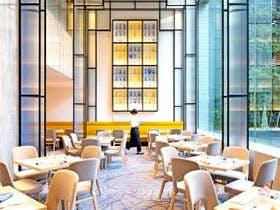 1階「カフェ・イン・ザ・パーク」