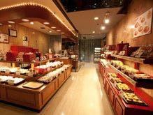 重慶飯店新館売店