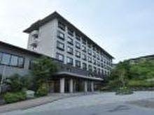 ホテル全景昼撮影