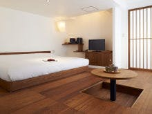 Contemporary / 607号室 itanoma