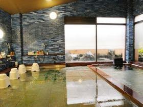 恋人同士で楽しめる部屋風呂がある越後湯沢温泉のお宿を探しています。
