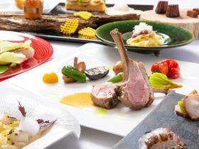 「QUERCUS」のコース料理の一例です