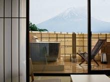露天風呂付客室 富士山側の露天風呂一例