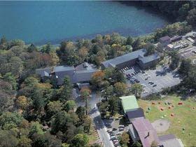日光湯本温泉で1泊2日、2食付きの安いおすすめの宿があれば教えてください。
