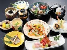 海の幸を存分に味わう和食会席