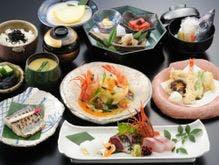 海の幸をふんだんに用いた和食会席