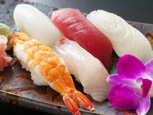 季節のお寿司盛り合わせ