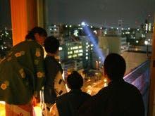 城見櫓からサーチライトが高知城を照らす