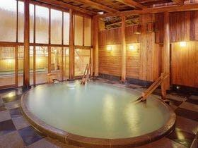 1月に草津温泉旅行を計画してます。源泉掛け流しの宿のオススメはありますか