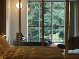 窓を開け、大自然の景観を・・・・
