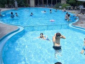 屋外プール(夏季限定営業)