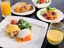 朝食~卵料理&サラダステーション~一例