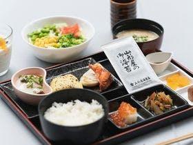 一汁三菜を基本にした日替わり焼き魚の和膳