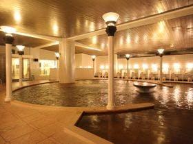 家族連れでちょっと贅沢に楽しめる十和田湖畔温泉の宿