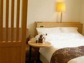 【スタンダード】洋室セミダブルルーム~気軽に箱根へ温泉旅行~夕食時飲み放題付!