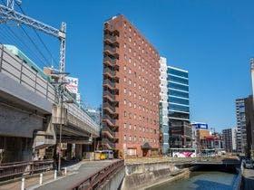 西鉄福岡駅より徒歩3分。