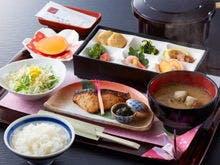 朝食は和食でのご用意です。