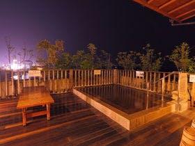 夫婦でのんびり過ごせる露天風呂付客室がある別府温泉の宿はありますか?