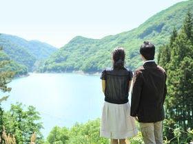 綺麗な湖の景色