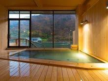 川のせせらぎを聞きながら入れる露天風呂