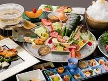 お夕食:名物「雲海鍋」と季節のお料理