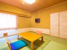 本館・8畳タイプのスタンダード和室です