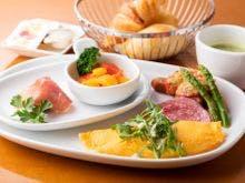 卵料理を選択できる洋食セットメニュー