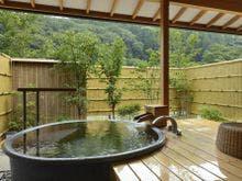 陶器風呂付きのお部屋一例