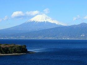 大瀬崎から望む富士山