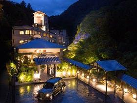1月に東山温泉に行きます。源泉掛け流しの宿はありますか