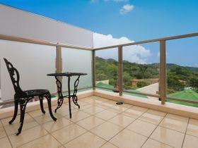 二階のテラスで沖縄の空を感じて