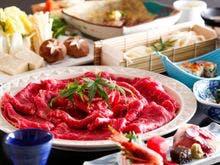 牛しゃぶメインの会席料理(鍋は3名様盛)