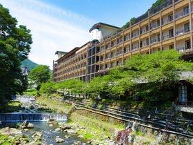 箱根温泉で幼児連れでも安心な露天風呂付客室のある温泉宿を教えてください。