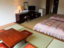 客室(和洋室の一例)休憩スペースとして