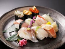 【山楽会席】鮮魚の握り盛り合わせ