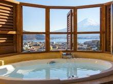 客室露天風呂から望む富士山